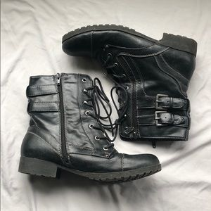 G by Guess Black Leather Combat Boots 🖤